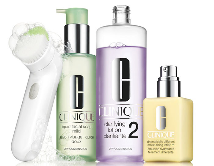 CLINIQUE SONIC CLEANSING BRUSH