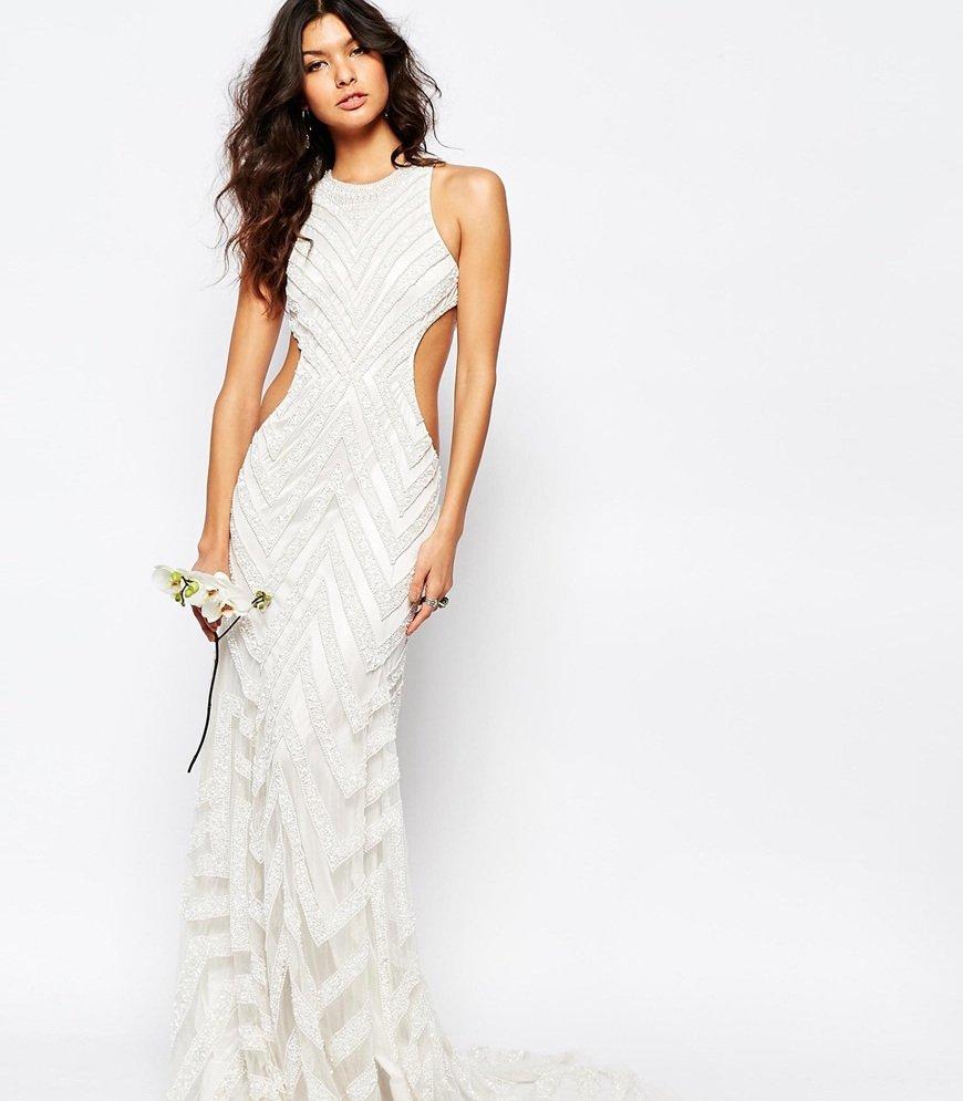 asos lance sa ligne de robes de mari es prix accessible beautylicieusebeautylicieuse. Black Bedroom Furniture Sets. Home Design Ideas